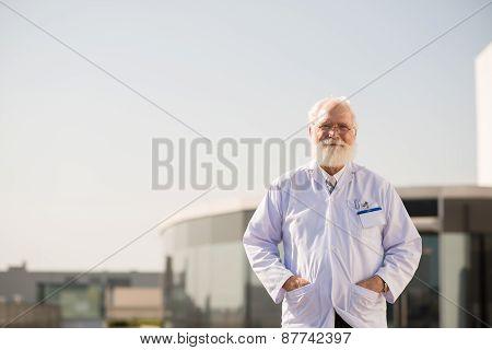 Senior practitioner