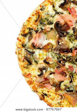 Mushrooms And Broccoli Pizza