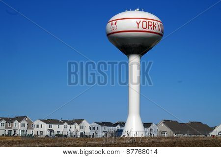 Water tower in Yorkville, Illinois