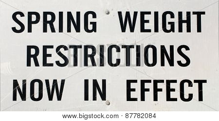Weight Restriction Highway Sign
