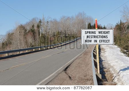 Weight Restriction Road Sign