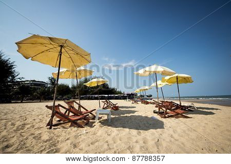 Group beach chair
