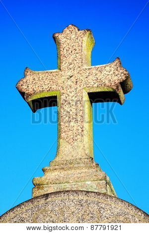 Granite stone cross