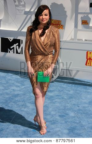 LOS ANGELES - FEB 11:  Ashley Rickard at the MTV Movie Awards 2015 at the Nokia Theater on April 11, 2015 in Los Angeles, CA