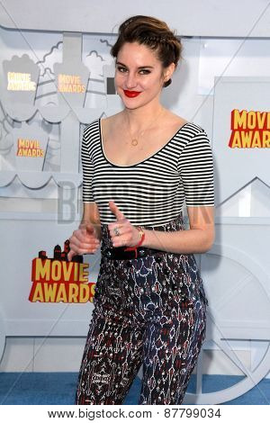 LOS ANGELES - FEB 11:  Shailene Woodley at the MTV Movie Awards 2015 at the Nokia Theater on April 11, 2015 in Los Angeles, CA