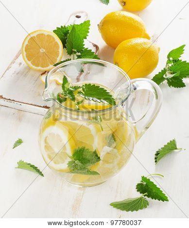 Water With Fresh Lemon