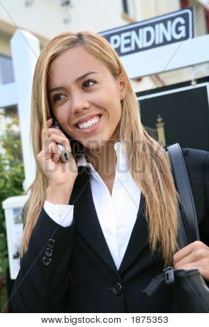 Agente de mujer