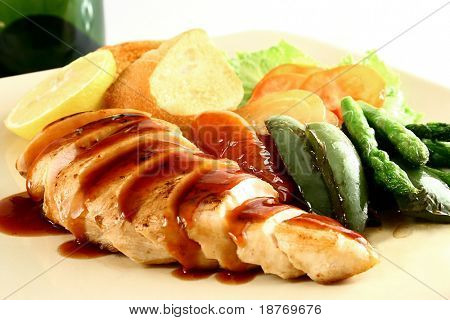 chicken breast with grilled vegetables