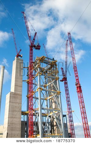 Cranes and steel construction of a new power plant