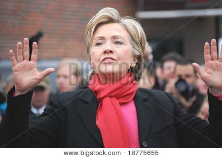 Senator Hillary Clinton campaigning for president during winter 2008, defensive posture