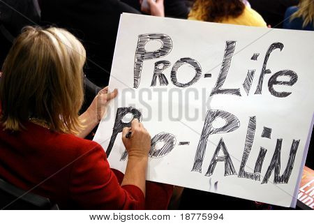 ST PAUL - SEPT 3: An unidentified supporter of Sarah Palin creates a