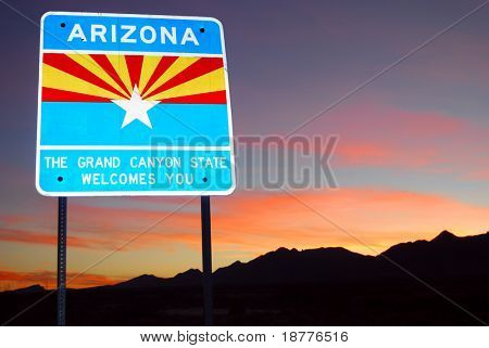 Sign welcoming to the state of Arizona