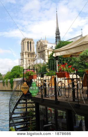 Restaurant On Seine