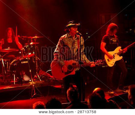 :American Rock/Country rock band Jason & the Scorchers