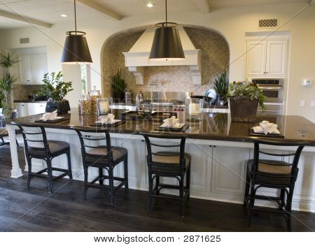 Luxury Home Kitchen