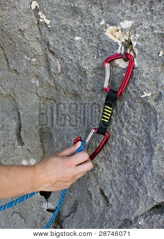 Clipping rope in the referral