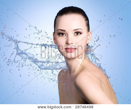Beauty Splashes Of Water For Woman