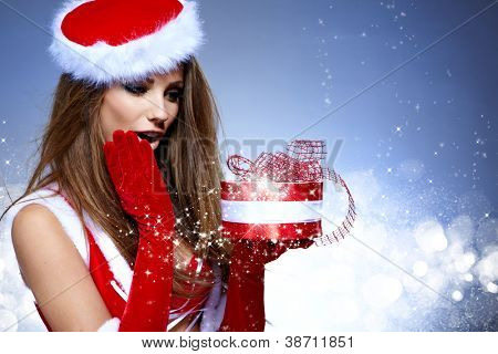christmas woman with gifts box
