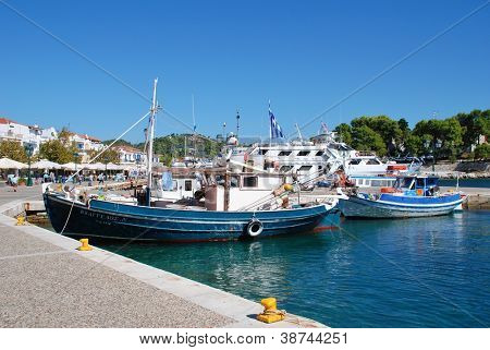 SKIATHOS, GREECE - SEPTEMBER 21: Boats moored in the harbour at Skiathos Town on September 21, 2012 on Skiathos island, Greece. The harbour was one of the locations for the 2008 film Mamma Mia.