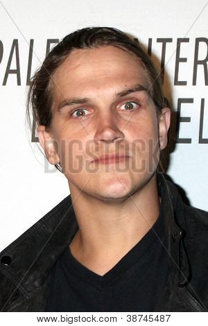 LOS ANGELES - OCT 22:  Jason Mewes arrives at  the Paley Center for Media Annual Los Angeles Benefit at The Lot on October 22, 2012 in Los Angeles, CA