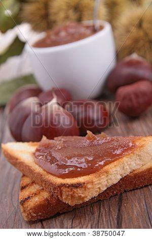 bread with chesnut cream