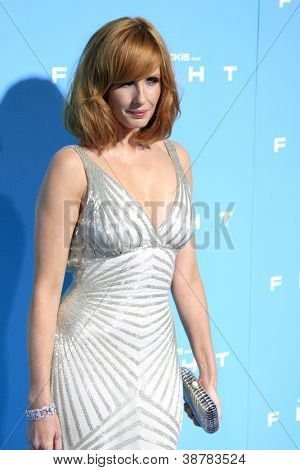 LOS ANGELES - OCT 23:  Kelly Reilly arrives at the