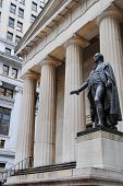 foto of nyse  - Federal Hall and Washington statue in Manhattan Financial District - JPG