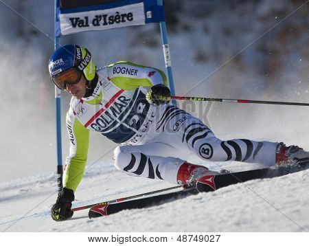VAL D'ISERE FRANCE. 11-12-2010. NEUREUTHER Felix (GER)  attacks a control gate during  the FIS alpine skiing world cup giant slalom race on the Bellevarde race piste Val D'Isere.