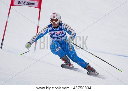 VAL D'ISERE FRANCE. 15-12-2010. Anja Paerson (SWE) speeds down the course, during the first official training run for the FIS Alpine skiing World Cup race in Val D'Isere France.
