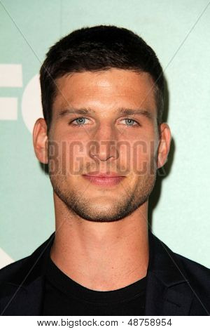 SLOS ANGELES - AUG 1:  Parker Young arrives at the Fox All-Star Summer 2013 TCA Party at the SoHo House on August 1, 2013 in West Hollywood, CA