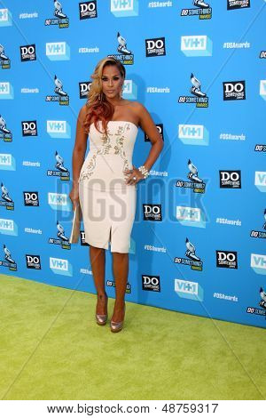 LOS ANGELES - JUL 31:  Sheree Fletcher arrives at the 2013 Do Something Awards at the Avalon on July 31, 2013 in Los Angeles, CA