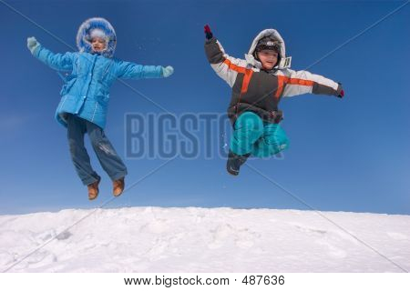 Flying Kids