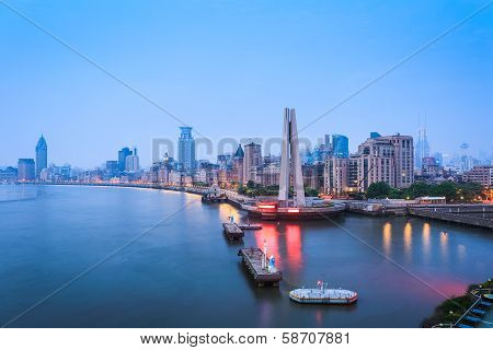Shanghai Bund In Dawn