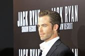 LOS ANGELES - JAN 15: Chris Pine at the premiere of Paramount Pictures' 'Jack Ryan: Shadow Recruit'