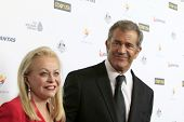 LOS ANGELES - JAN 11:  Jacki Weaver, Mel GIbson at the  2014 G'Day USA Los Angeles Black Tie Gala at