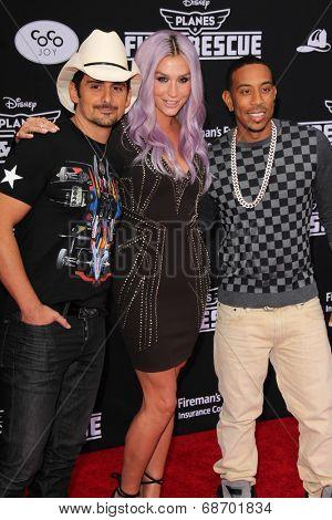 LOS ANGELES - JUL 16:  Brad Paisley, Ke$ha, Ludacris at the