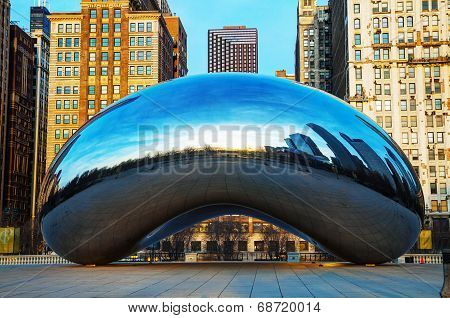 Cloud Gate Sculpture At Millenium Park
