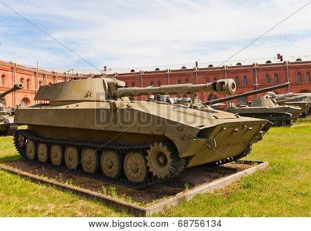 Soviet 122-mm Self-propelled Howitzer 2S1 Gvozdika