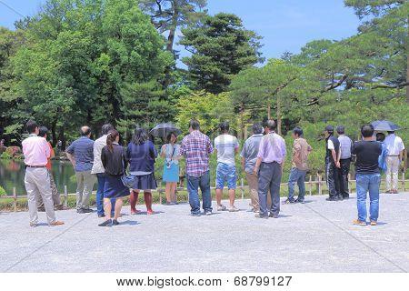 Tour group in Kenrokuen Garden Kanazawa