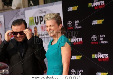 LOS ANGELES - MAR 11:  Ricky Gervais, Jane Fallon at the