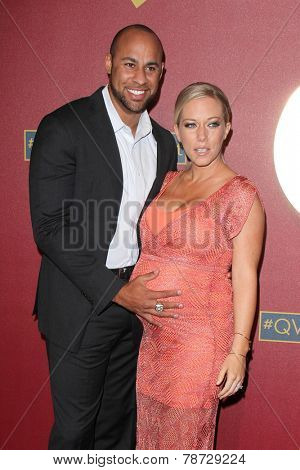 LOS ANGELES - MAR 1:  Hank Baskett, Kendra Wilkinson at the QVC 5th Annual Red Carpet Style Event at the Four Seasons Hotel on March 1, 2014 in Beverly Hills, CA