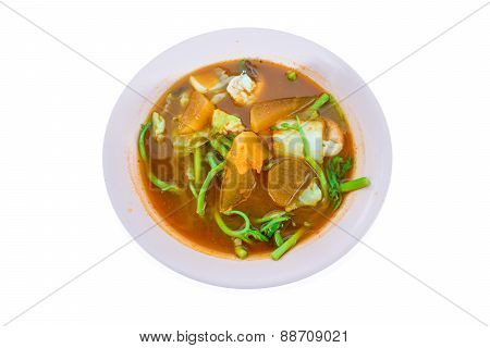 Spicy And Soup Curry With Shrimp And Vegetable / Delicious Thai Traditional Food(kang Som Cha-om Koo