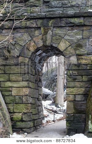 Ramble Stone Arch By The Snow