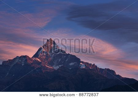 Machhapuchchhre Mountain At Sunset - Fish Tail In English Is A Mountain In The Annapurna Himalya, Ne