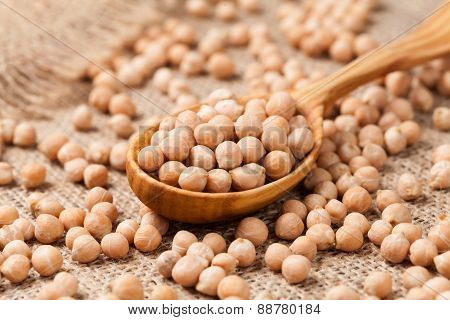 Raw chick peas organic vegetarian nutrition super food in wooden
