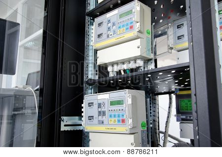 Digital gas flow meter, mounted in rack