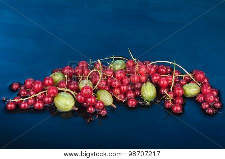 Berry Mix  Red Currant And Gooseberry