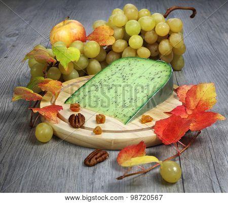 Green Cumin Pesto Cheese, Grape And Autumn Leaves