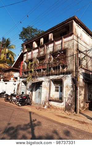 Old House On The Street In Fort Kochi