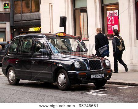 Black Taxi Car In London
